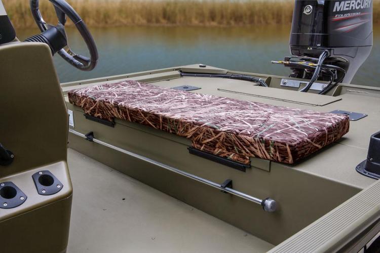 l_fishingseatsmercuryoutboardjonboats