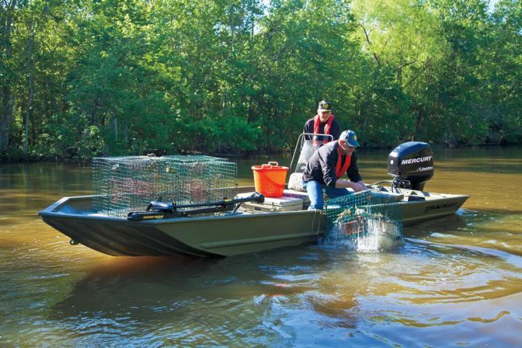 l_newfishingboatsmercuryoutboard