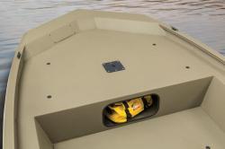 2015 - Tracker Boats - Grizzly 1754 MVX Jon