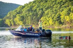2019 - Tracker Boats - Targa V-18 Combo