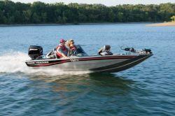 Tracker Boats Pro Team 170 TX Jon Boat