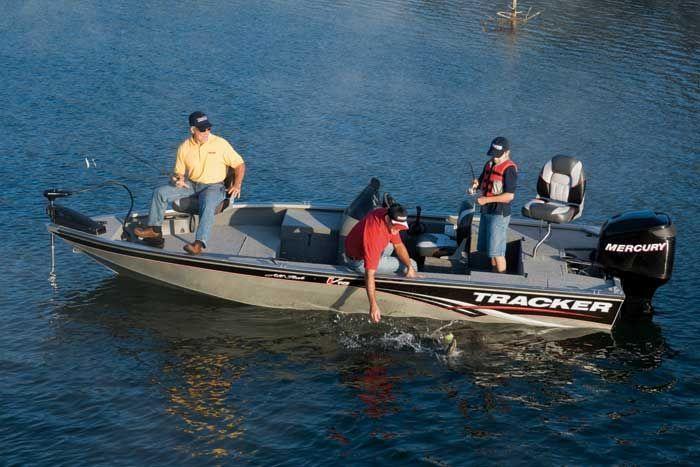 l_Tracker_Boats_-_Tournament_V-18_All_Fish_2007_AI-243957_II-11352511
