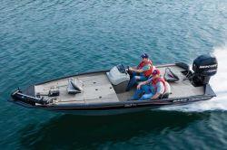 Tracker Boats Pro Team 190 TX Bass Boat