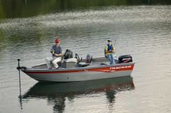Tracker Boats Pro Guide V-16 SC Multi-Species Fishing Boat
