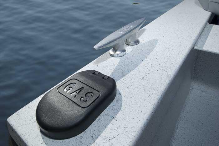 l_Tracker_Boats_H_1700_2007_AI-243527_II-11351897