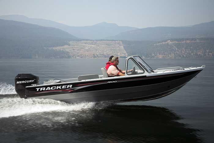 l_Tracker_Boats_H_1900_2007_AI-243948_II-11352172