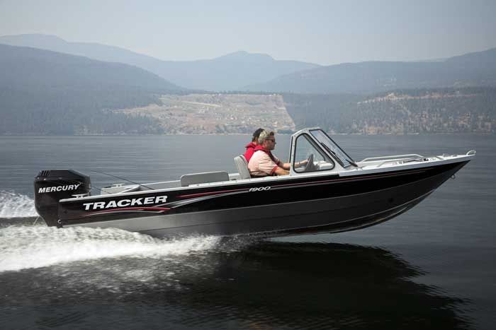 l_Tracker_Boats_H_1900_2007_AI-243948_II-11352180