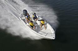 2011 - Triumph Boats - 170 DC