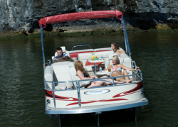 2012 - Voyager Boats - 25- Cruise Express