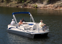 2012 - Voyager Boats - 20- Sport Fish
