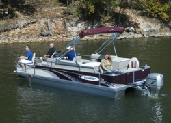 2012 - Voyager Boats - 25- Express Center Console Fish