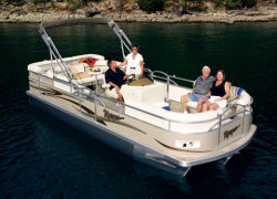 Voyager 22 Super Center Console Fish  Cruise Boat