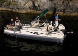 Voyager 20 Sport Fish Pontoon Boat