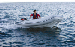 2011 - Walker Bay Boats - Genesis 310 FTL