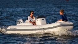 2013 - Walker Bay Boats - Generation 360 DLX