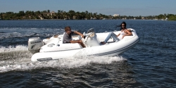 2013 - Walker Bay Boats - Generation 400 DLX