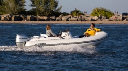 2013 - Walker Bay Boats - Generation 450 DLX