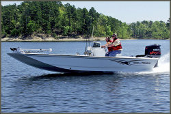 2012 - War Eagle Boats - 21 T CC