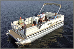 2013 - War Eagle Boats - 21 Pinnacle Pontoon