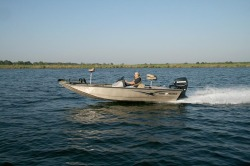 2015 - War Eagle Boats - 761 Renegade