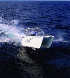 2011 - World Cat Boats - 270SD Sport Deck