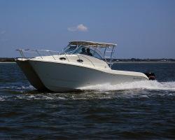 2013 - World Cat Boats - 290EC Express Cabin