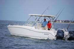 2013 - World Cat Boats - 225 DC