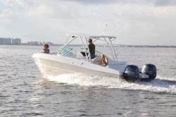 2017 - World Cat Boats - 230SD