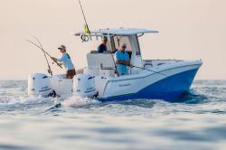 2017 - World Cat Boats - 280CC-X