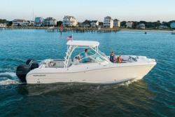 2018 - World Cat Boats - 295 DC Dual Console
