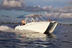 2020 - World Cat Boats - 255 DC