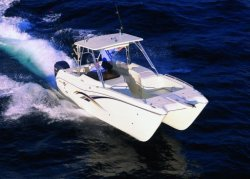World Cat Boats 270SD Sport Deck Boat