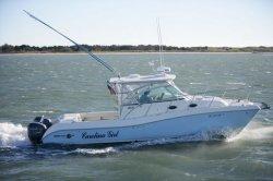 World Cat Boats 320EC Express Cabin Boat