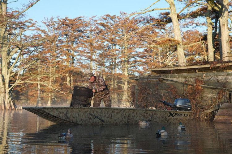 l_hd_duck_boat_pic_2_full