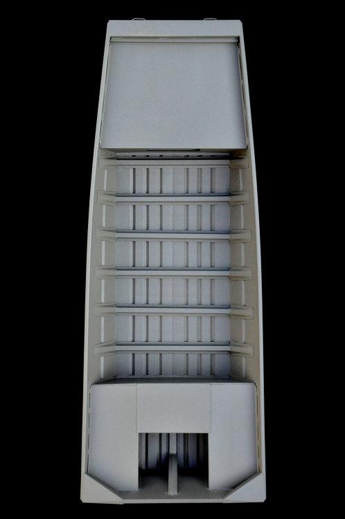 l_jon1652d_deckboat_overhead_full