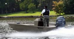 2009 - Xpress Boats - SV16