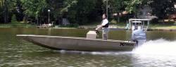 2011 -  Xpress Boats - XP18CC