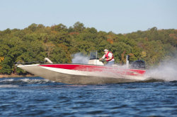 2013 - Xpress Boats - H18B