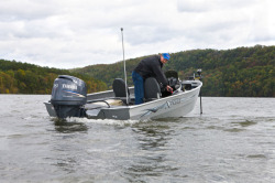 2015 - Xpress Boats - DVX165