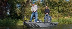 2015 - Xpress Boats - Striker 16