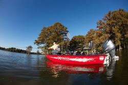 2018 - Xpress Boats - H17PFC