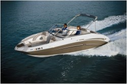 2010 - Yamaha Marine - 242 Limited