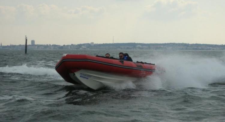 Research 2009 - Zodiac Boats - Futura Mark II FR on iboats com