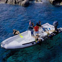 2017 - Zodiac Boats - Pro 850
