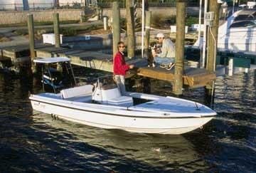 l_boat_1820qd-fishing