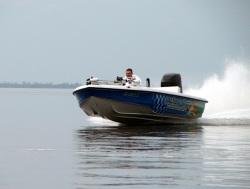2013 - Action Craft Boats - 2002 Flatspro