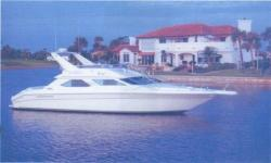 1994 SEA RAY 440 Express Bridge Delray Beach FL