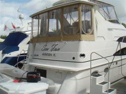 2000 CARVER 396 Motor Yacht Aventura FL
