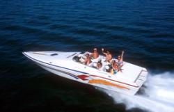 2015 - Advantage Boats - 32 Victory Closed Bow