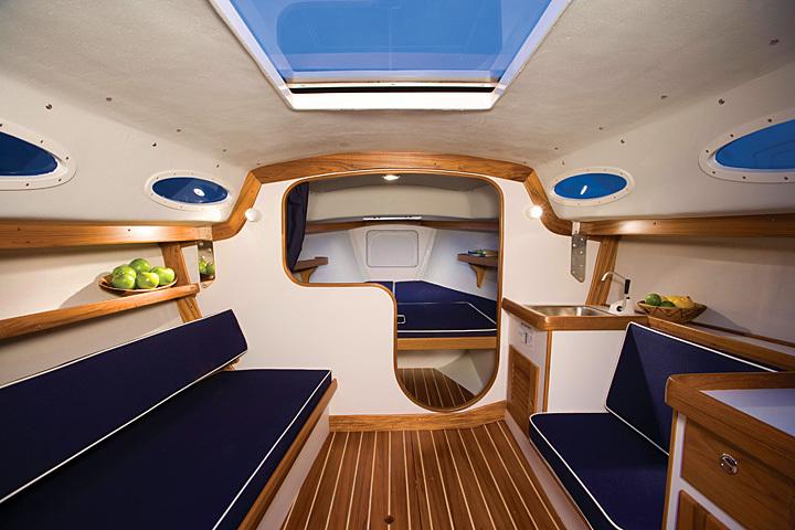 AE 28 On Iboats.com